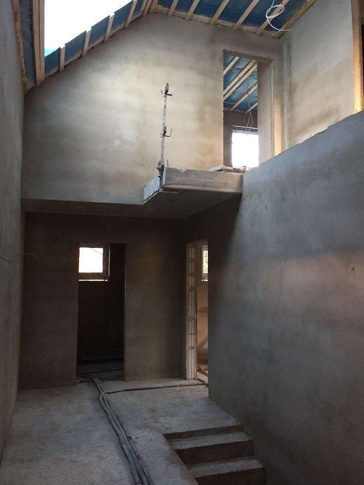 Treppenhaus verputzt